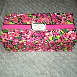 nwb lilly pulitzer 3 candles lilly's jungle